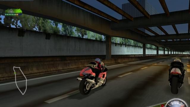 Moto Racer مميزات 3